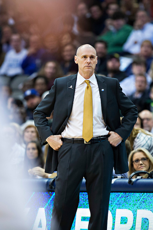 DALLAS, TX - JANUARY 12:  Head Coach Rick Carlisle of the Dallas Mavericks watches his team during a game against the Cleveland Cavaliers at American Airlines Center on January 12, 2016 in Dallas, Texas.  NOTE TO USER: User expressly acknowledges and agrees that, by downloading and or using this photograph, User is consenting to the terms and conditions of the Getty Images License Agreement.  The Cavaliers defeated the Mavericks 110-107.  (Photo by Wesley Hitt/Getty Images) *** Local Caption *** Rick Carlisle