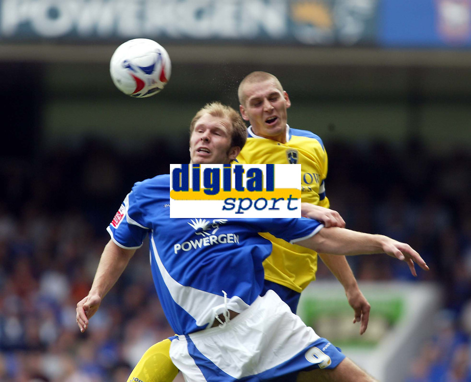 Fotball<br /> Foto: SBI/Digitalsport<br /> NORWAY ONLY<br /> <br /> Ipswich Town v Cardiff City<br /> Coca Cola Championship.<br /> 06/08/2005.<br /> <br /> Darren Purse of Cardiff goes up for this ball with Sam Parkin of Ipswich