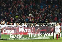 November 12, 2017 - Basel, Schweiz - Basel, 12.11.2017, Fussball WM Qualifikation Playoff, Schweiz - Nordirland, Die Schweizer Nationalmannschaft bedankt sich mit einer Banner bei den Fans  (Credit Image: © Pascal Muller/EQ Images via ZUMA Press)