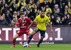 Anis Slimane (Brøndby IF) og Pascal Gergor (Lyngby BK) under kampen i 3F Superligaen mellem Brøndby IF og Lyngby Boldklub den 1. marts 2020 på Brøndby Stadion (Foto: Claus Birch).