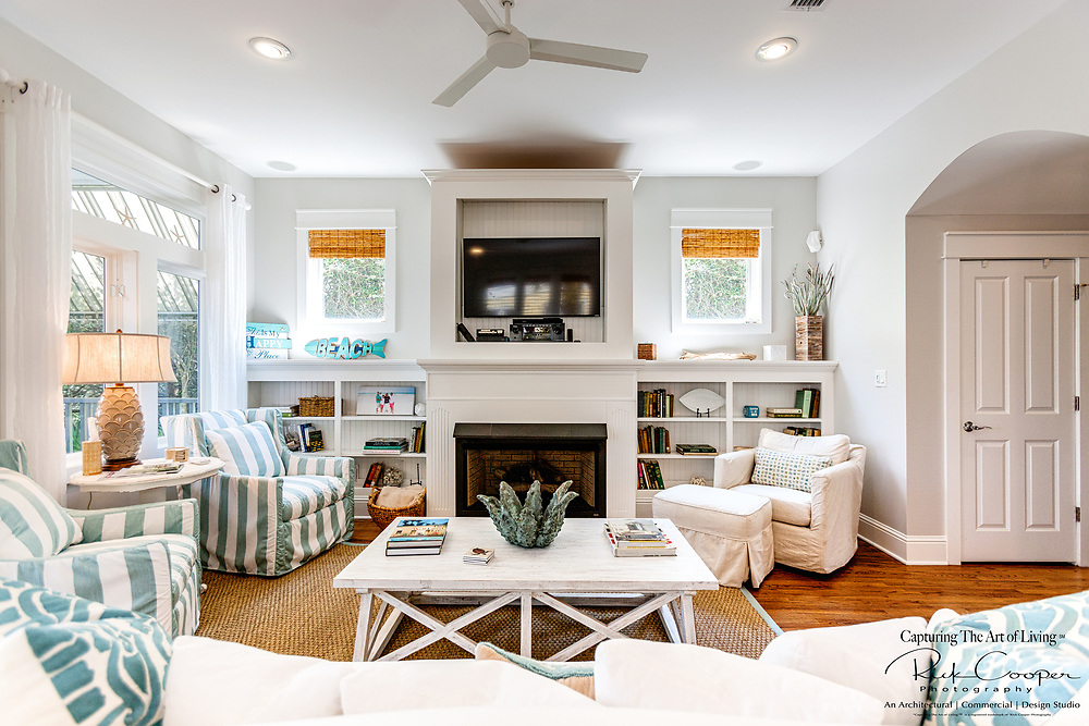 Living/family room in a relaxed beach style with fireplace