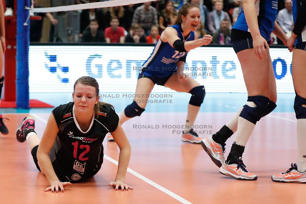 20180218 NED: Bekerfinale Eurosped - Sliedrecht Sport, Hoogeveen <br />Rochelle Wopereis (12) of Team Eurosped, Lisa Vossen (12) of Sliedrecht Sport <br />©2018-FotoHoogendoorn.nl