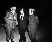 (l-r); Lieut. Col. Eric Guerin, Galway, Officer Commanding, 43rd Battalion; Robert Molloy, TD, Minister for Defence and Fr Michael Kelly, Chaplin, at the departure of troops for UN duty in the Lebanon.<br />
