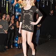 NLD/Gilze/20131130 - Roy Donders presenteert huispakkenlijn, Ontworpen jurken van Roy Donders