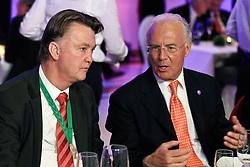 15-05-2010 VOETBAL: CHAMPIONSPARTY BAYERN MUNCHEN: BERLIN<br /> Louis van Gaal en president Franz Beckenbauer <br /> ©2010- FRH nph /  PO