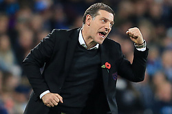 4 November 2017 - Premier League Football - West Ham United v Liverpool - West Ham manager Slaven Bilic shakes a fist from the touchline - Photo: Marc Atkins / Offside