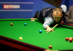 Mark Williams on day seventeen of the 2018 Betfred World Championship at The Crucible, Sheffield. PRESS ASSOCIATION Photo. Picture date: Monday May 7, 2018. See PA story SNOOKER World. Photo credit should read: Richard Sellers/PA Wire