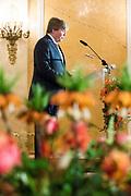 Zijne Majesteit de Koning reikt op donderdagochtend 18 mei de Appeltjes van Oranje uit op Paleis Noordeinde in Den Haag. De prijzen worden dit jaar toegekend aan drie sociale initiatieven die zich inzetten voor kwetsbare kinderen. <br /> <br /> His Majesty the King opens the Apples of Orange on Thursday morning 18 May at Noordeinde Palace in The Hague. The prizes are awarded this year to three social initiatives dedicated to vulnerable children.<br /> <br /> op de foto / on the photo: Koning Willem Alexander / King Willem Alexander