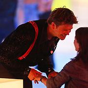 NLD/Hilversum/20110128 - Live show Sterren Dansen op het IJs2011, Beau van Erven Dorens met partner Selly Vermeiden