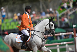 Vrieling Jur, NED, VDL Zirocco Blue<br /> also in the picture : Ingmar Devos (President FEI)<br /> Olympic Games Rio 2016<br /> © Hippo Foto - Dirk Caremans<br /> 16/08/16
