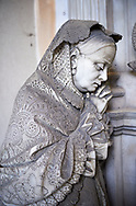 Picture and image of the stone sculpture of a mouring women in the Bourgeois Realistic style. Badaracco Tomb sculpted by G Moreno 1878. The monumental tombs of the Staglieno Monumental Cemetery, Genoa, Italy .<br /> <br /> Visit our ITALY PHOTO COLLECTION for more   photos of Italy to download or buy as prints https://funkystock.photoshelter.com/gallery-collection/2b-Pictures-Images-of-Italy-Photos-of-Italian-Historic-Landmark-Sites/C0000qxA2zGFjd_k<br /> If you prefer to buy from our ALAMY PHOTO LIBRARY  Collection visit : https://www.alamy.com/portfolio/paul-williams-funkystock/camposanto-di-staglieno-cemetery-genoa.html