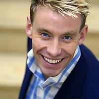 Dr David Bull;<br />New Ambassador;<br />British Red Cross;<br />Ambassadors' Launch 2005;<br /> Century Club, London, UK;<br /> 28 January 2005;<br />© Pete Jones<br />pete@pjproductions.co.uk