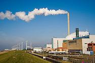 Nederland, Borssele, 31 jan 2009.Energiecentrale van Borssele, met een kolengestookte centrale, een kerncentrale en windenergie turbines...Foto (c) Michiel Wijnbergh..