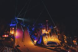 24.02.2021, Oberstdorf, GER, FIS Weltmeisterschaften Ski Nordisch, Oberstdorf 2021, Eröffnungsfeier, im Bild Licht und Laser Show bei der Eröffnungsfeier der FIS Nordische Ski Weltmeisterschaft in Oberstdorf // Light and Laser Show at the Opening Ceremony of the FIS Nordic World Ski Championships in Oberstdorf Germany during the opening ceremony for the FIS Nordic Ski World Championships 2021. in Oberstdorf, Austria on 2021/02/24. EXPA Pictures © 2021, PhotoCredit: EXPA/ Dominik Angerer