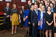 Koningin Maxima tijdens het jubileumsymposium ter gelegenheid van het tienjarig bestaan van Qredits-Microfinanciering Nederland.<br /> <br /> Queen Maxima during the jubilee symposium on the tenth anniversary of Qredits-Microfinanciering Nederland.<br /> <br /> Op de foto / On the photo:   Opening van de fototentoonstelling en groepsfoto / Opening of the photo exhibition and group photo