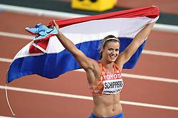 Dafne Schippers of the Netherlands celebrates her gold medal finish - Mandatory byline: Patrick Khachfe/JMP - 07966 386802 - 11/08/2017 - ATHLETICS - London Stadium - London, England - Women's 200m Final - IAAF World Championships