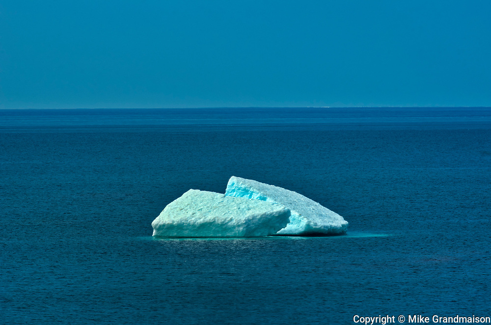 Ice on Lake Superior<br />Lake Superior Provincial Park<br />Ontario<br />Canada