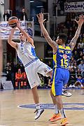 DESCRIZIONE : Eurolega Euroleague 2015/16 Group D Dinamo Banco di Sardegna Sassari - Maccabi Fox Tel Aviv<br /> GIOCATORE : Lorenzo D'Ercole<br /> CATEGORIA : Tiro Tre Punti Three Point Equilibrio<br /> SQUADRA : Dinamo Banco di Sardegna Sassari<br /> EVENTO : Eurolega Euroleague 2015/2016<br /> GARA : Dinamo Banco di Sardegna Sassari - Maccabi Fox Tel Aviv<br /> DATA : 03/12/2015<br /> SPORT : Pallacanestro <br /> AUTORE : Agenzia Ciamillo-Castoria/L.Canu