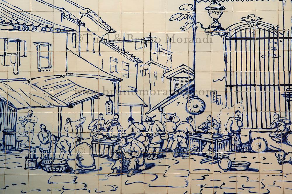 Chine, Macao, Azulejos de la Traversa do Meio, restaurant de rue de Georges Chinnery, 1840 // China, Macau, Tiles on the Traversa do Meio, Street Restaurant outside S. Domingos from Georges Chinnery, 1840
