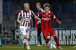 (L-R), Jop van der Linden of Willem II, Martin Odegaard of SC Heerenveen during the Dutch Eredivisie match between Willem II Tilburg and sc Heerenveen at Koning Willem II stadium on September 23, 2017 in Tilburg, The Netherlands