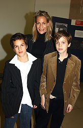 LEONIE FRIEDA with her son left, JAKE FRIEDA and right, LEX NIARCHOS at the Depal Trust 2in1 Art Party at The National Portrait Gallery, London on 25th October 2004.<br />