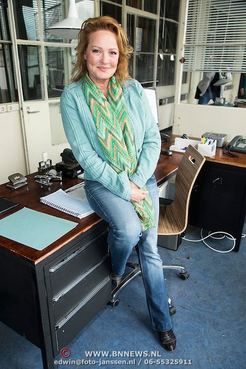 NLD/Zaandam/20140408 - Perspresentatie SBS serie Rechercheur Ria, Ellen Pieters