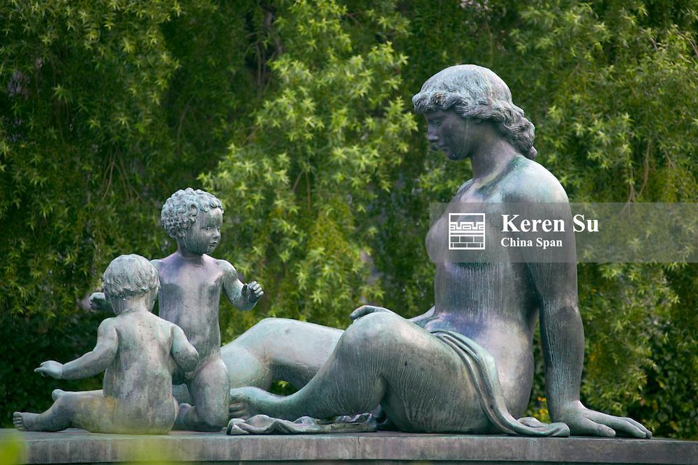 Statue, Oslo, Norway