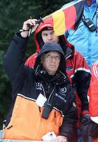 Hopp: 29.12.2001 Oberstdorf, Deutschland,<br />Der Deutsche Bundestrainer Reinhard Hess am Samstag (29.12.2001) bei der Qualifikation zum 1.Springen der Vierschanzentournee in Oberstdorf.  <br /><br />Foto: JAN PITMAN/Digitalsport