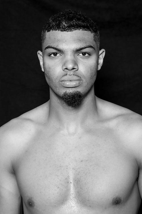 BOXEN: Studio, Portrait of a Boxer, Hamburg, 02.07.2020<br /> Emanuel Odiase<br /> © Torsten Helmke