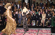 Kevin Spacey, Cristina Ricci and Puff Daddy. ( Sean Combs ) amongst the front row at the Atelier Versace show, Theatre National de Chaillot. Paris. © Copyright Photograph by Dafydd Jones 66 Stockwell Park Rd. London SW9 0DA Tel 020 7733 0108 www.dafjones.com