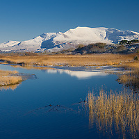 Winter at Lough Currane in Waterville with Snow on Coomcallee, Ring of Kerry, Ireland / wv090
