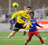 Fotball, Adecco-ligaen, 23.04.06, Tromsdalen - Moss<br /> Fabien Vidalon (Moss) og Leo Olsen (Tromsdalen)<br /> Foto: Tom Benjaminsen, Digitalsport