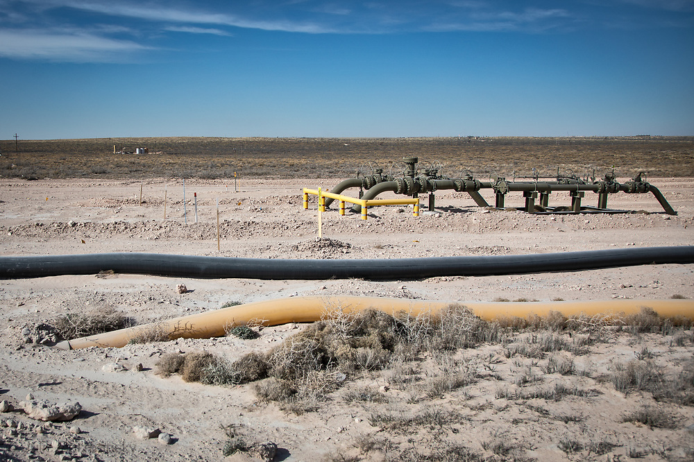 Temporary pipelines to move water to a drilling site.