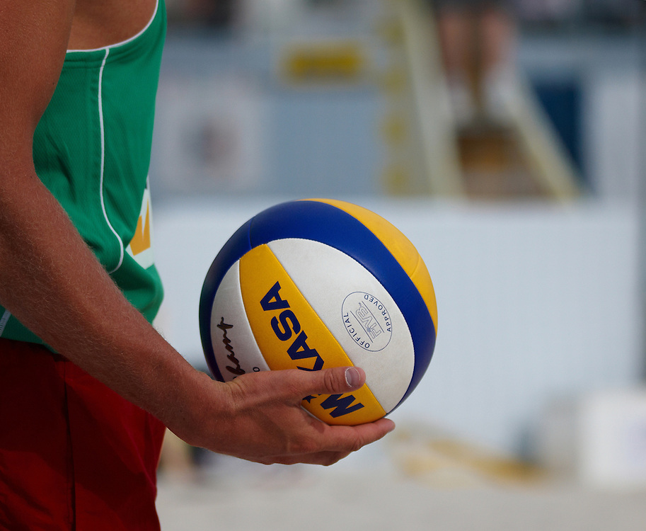 Swatch FIVB Patria Direct Open 2010 - LAT vs NED