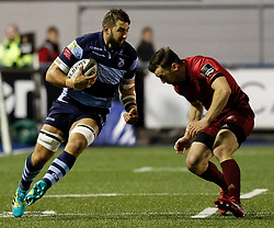 Josh Turnbull of Cardiff Blues under pressure from Darren Sweetnam of Munster<br /> <br /> Photographer Simon King/Replay Images<br /> <br /> Guinness PRO14 Round 4 - Cardiff Blues v Munster - Friday 21st September 2018 - Cardiff Arms Park - Cardiff<br /> <br /> World Copyright © Replay Images . All rights reserved. info@replayimages.co.uk - http://replayimages.co.uk