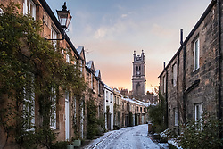 Sunrise view of Circus Lane mews street with snow covering in New Town district of Edinburgh, Scotland, United Kingdom