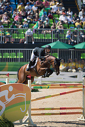 Alvarez Aznar Eduardo, ESP, Rokfeller de Pleville Bois Margot<br /> owner of the horse of Jerome with arms in the air<br /> Olympic Games Rio 2016<br /> © Hippo Foto - Dirk Caremans<br /> 14/08/16