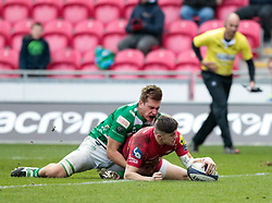 Scarlets' Steff Evans scores his sides fourth try<br /> <br /> Photographer Simon King/Replay Images<br /> <br /> EPCR Champions Cup Round 3 - Scarlets v Benetton Rugby - Saturday 9th December 2017 - Parc y Scarlets - Llanelli<br /> <br /> World Copyright © 2017 Replay Images. All rights reserved. info@replayimages.co.uk - www.replayimages.co.uk