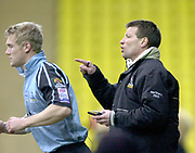 Watford, GREAT BRITAIN, 22nd Feburary 2004, Vicarage Road, ENGLAND. [Mandatory Credit: Photo  Peter Spurrier/Intersport Images],<br /> 22/02/2004  -  Zurich Premiership, Saracens v Newcastle Falcons<br /> Falcons's coach Rob Andrew points the way, as Michael Stephenson run's on as a late sub.