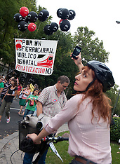 Teacher and Railway workers Demostration-Madrid 17-9-12