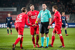 (L-R) Stefan Thesker of FC Twente, Danny Holla of FC Twente referee Dennis Higler during the Dutch Eredivisie match between FC Twente Enschede and Ajax Amsterdam at the Grolsch Veste on December 02, 2017 in Enschede, The Netherlands