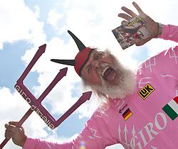 20.05.2011, Großglockner Hochalpenstrasse, AUT, Giro d´ Italia 2011, 13. Etappe, Spilimbergo - Großglockner, im Bild Giro Teufel Didi Senft // Giro Devil Didi Senft during the Giro d´ Italia 2011, Stage 13, Spilimbergo - Großglockner, Austria, 2011-05-07, EXPA Pictures © 2011, PhotoCredit: EXPA/ J. Feichter