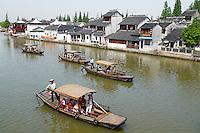 Chine, Shanghai,Chine, Shanghai, village lacustre de Zhujiajiao, rivière Cao gang // China, Shanghai province, village of Zhujiajiao