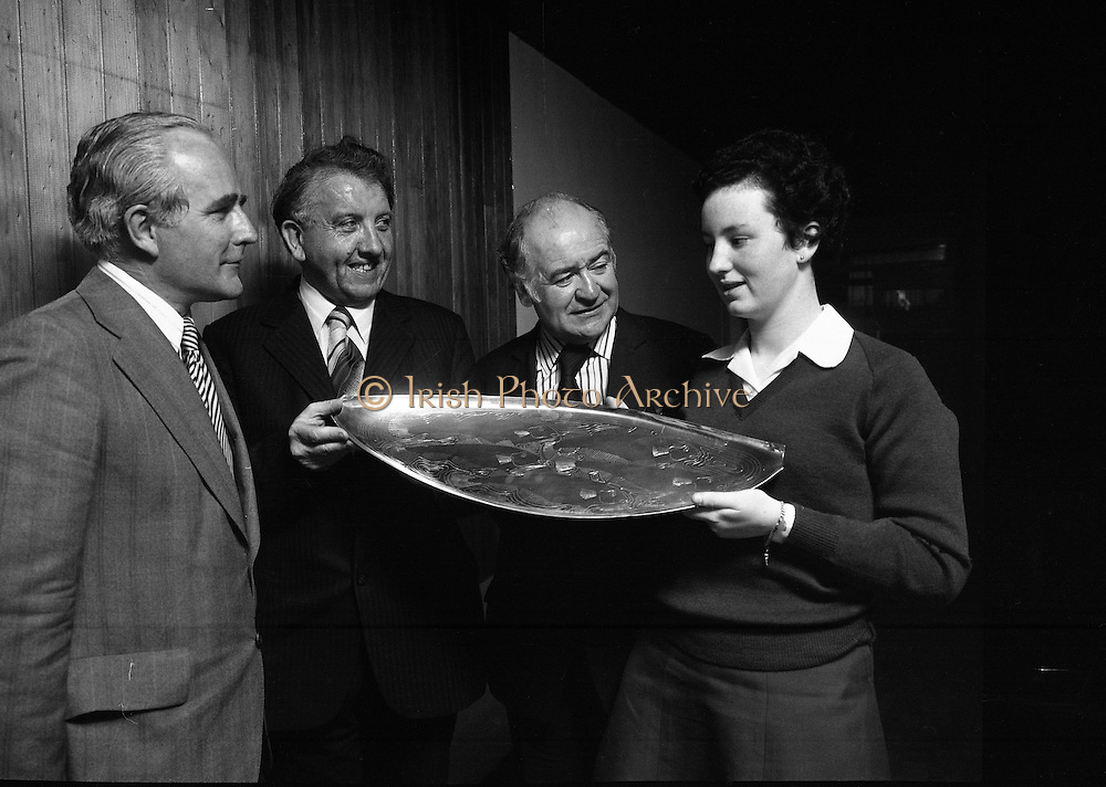 Seafood Cook in Rosslare 07/05/1976.05/07/1976.7th May 1976.Pictured from left to right Mr Tom Geoghegan, Market Development Manager, B.I.M., Mr Michael Pat Murphy T.D. Parliamentary Secretary to the Minister for Agriculture and Fisheries who presented the prizes, Mr Brendan O'Kelly, Chairman B.I.M. and Miss Yvonne Cooney the winner.