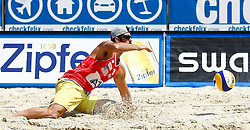 07.08.2011, Klagenfurt, Strandbad, AUT, Beachvolleyball World Tour Grand Slam 2011, im Bild Todd Rogers (USA), EXPA Pictures © 2011, PhotoCredit: EXPA/ Erwin Scheriau