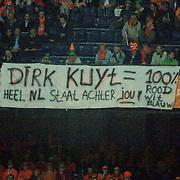 NLD/Rotterdam/20060528 - Voetbal, Nederland - Kameroen, spandoek voor Dirk Kuyt