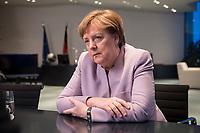 20 MAR 2017, BERLIN/GERMANY:<br /> Angela Merkel, CDU, Bundeskanzlerin, waehrend einem Interview, in ihrem Buero, Bundeskanzleramt<br /> IMAGE: 20170320-01-007<br /> KEYWORDS: Büro