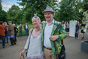 ROBERTA SMITH; BOB AND ROBERTA SMITH, Yoko Ono.- to the Light. Serpentine Gallery. London. 19 June 2012.