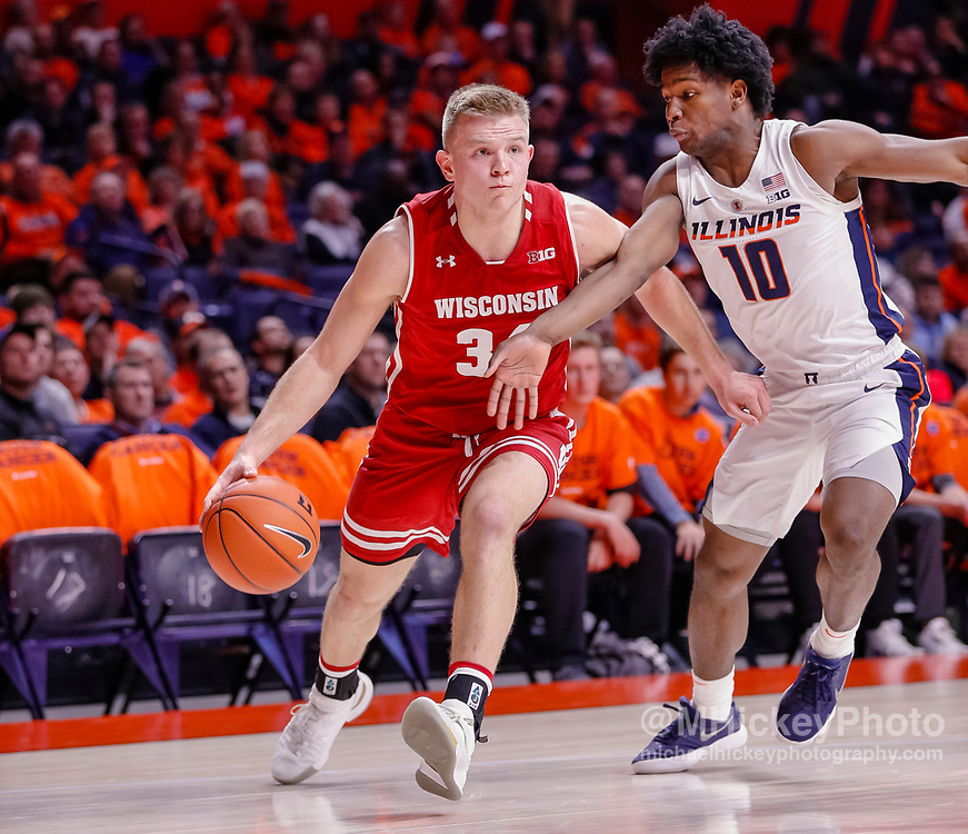 CHAMPAIGN, IL - JANUARY 23: Brad Davison #34 of the Wisconsin Badgers drives to the basket during the game against the Illinois Fighting Illini at State Farm Center on January 23, 2019 in Champaign, Illinois. (Photo by Michael Hickey/Getty Images) *** Local Caption *** Brad Davison