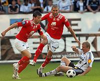 Fotball Tippeligaen 04.06.08 Rosenborg - ( RBK ) - Brann,<br /> Eirik Bakke, Azar Karadas og Steffen Iversen,<br /> Foto: Carl-Erik Eriksson, Digitalsport